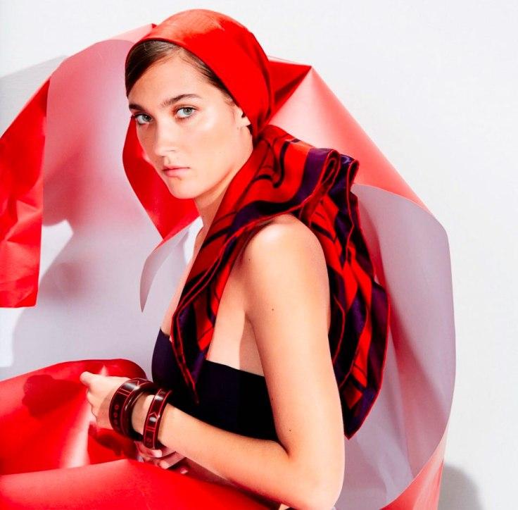 Foulard-seta-rosso-hermes